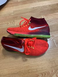 pair of red-and-black Nike running shoes Highwood, 60040