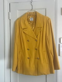 Old Navy yellow ladies pea coat Washington, 20011