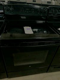 "GE 30"" ELECTRIC STOVE BLACK $239 #26103 Hempstead, 11550"