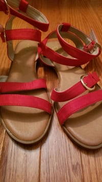 New Womens Red & Black Sandals Chantilly, 20151