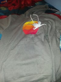 gray and red crew-neck t-shirt 145 mi