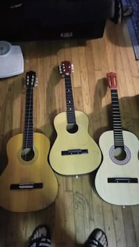 3 guitars need to be fixed Chicago, 60625
