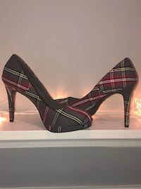Gorgeous brand new size 12 Fioni plaid heels  YES THEY'RE AVAILABLE