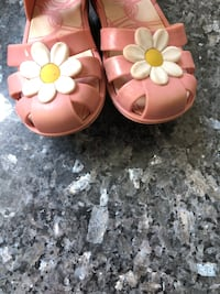 Pair of pink leather sandals Falls Church, 22043