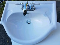 *** Vanity Sink with Delta Faucet ***