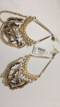 gold-colored necklace with pendant Tampa, 33615