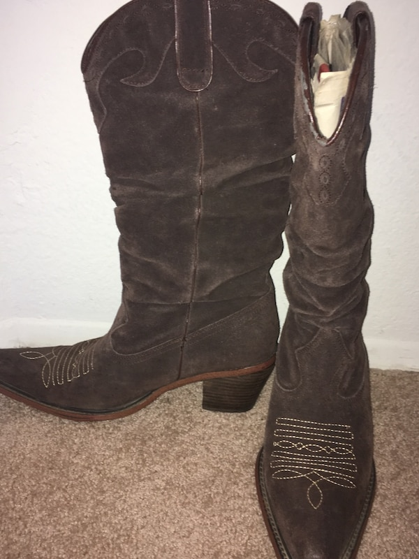 a8561a19f7b Pair of brown leather cowboy boots. Steve Madden! Like new, barley worn