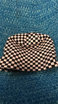 white and black checkered knit cap Stafford, 22556