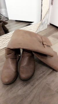 Tan boots size 7.5 Surrey, V4N 3W2