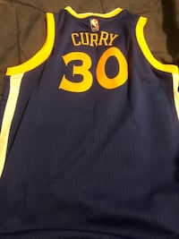 Steph Curry Golden State Jersey like new Boys large  Laurel