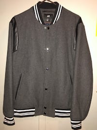 black and gray button up jacket New York, 10029