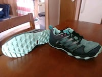 Adidas womans size 8 Lubbock, 79407