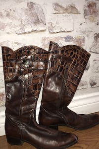 Leather boots Italian leather size 10