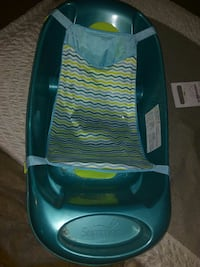 Baby bathtub Kitchener, N2M 3V8