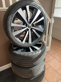 2020 Nissan Altima Sport Rims and tires  Providence
