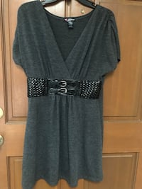 Ladies sz. Large Long Blouse/Short Dress with faux belt - great with leggings!. Auburn, 98092