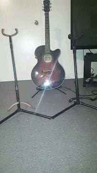 2 guitar stands $10 for both  Toronto, M8X