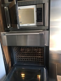 All in one unit.. ! Must go !!! OVEN HARDLY NEVER USED!!!  Montréal, H1Z 4N5