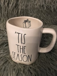 Rae Dunn TIS THE SEASON mug St. Catharines