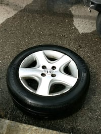Honda rim and tire 20$ Toronto, M1B 2H5