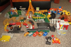 Geo Trax Large Complete Train Set