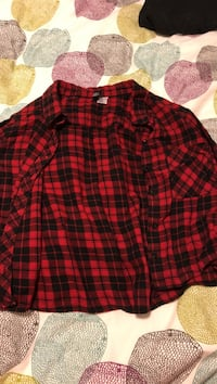 H&M flannel plaid size small North Vancouver, V7H 2W3