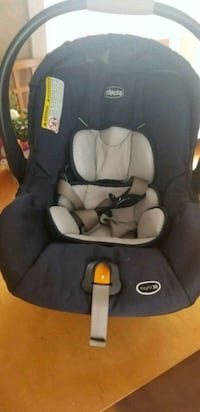 baby's black and gray car seat carrier Chesapeake, 23324