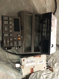 1992 Chev radio and cassette player