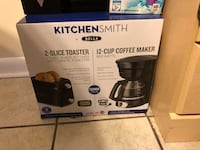 Coffee maker/ Toaster combo  Knoxville, 37921