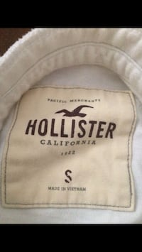 Hollister Long sleeve size small Lathrop, 95330