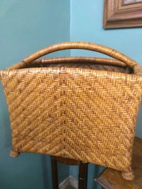 Whicker basket  Burlington, L7R 3P8