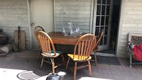 Brown wooden table and chair dining set Kelowna, V1W 2V1