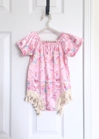Baby girl's satin romper size 9-12m- worn once for pictures 535 km