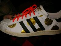 Size 9 mens adidas Jeremy Scott edition Welland, L3C 5A6