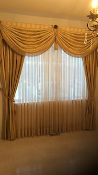 Brown 2-panel window curtain