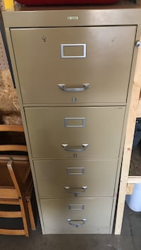 white metal 4-drawer filing cabinet Regina, S4V 3B7