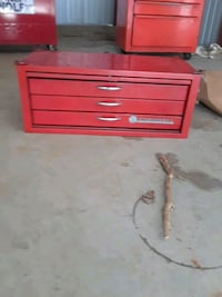 red Snap-On tool cabinet Pepperell, 01463