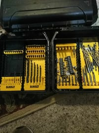 DeWalt hand tool case set