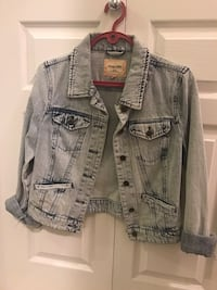 Denim jacket  Richmond, V6X 0H6