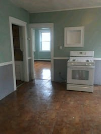 APT For Rent 2BR 1BA Pawtucket, 02860