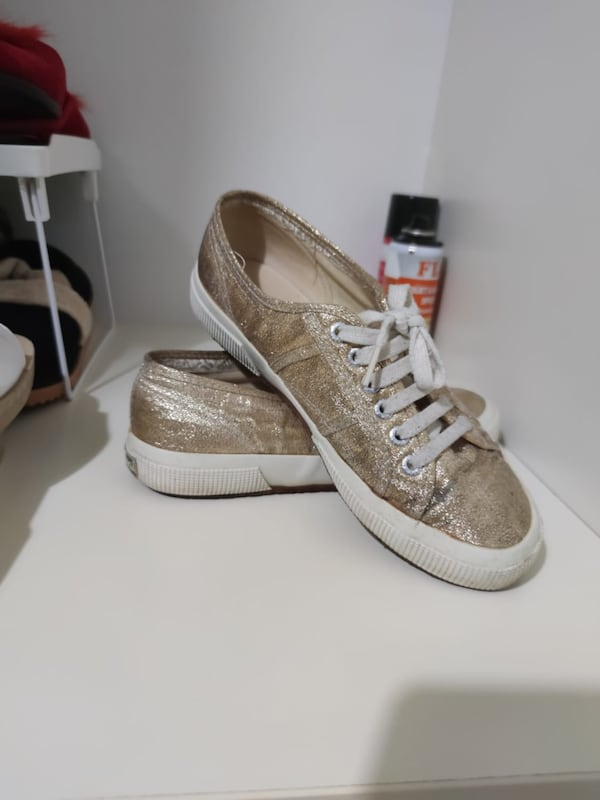 GOLD SUPERGA 09f275c9-db95-4dc9-b9fb-35086f0e4ecf