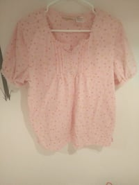 women's pink and white floral blouse Laval, H7V 3A3