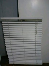 white venetian blinds Minot, 58701