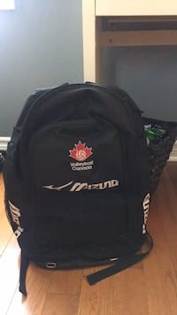Mizuno volleyball bag. Ottawa, K1R 6V2