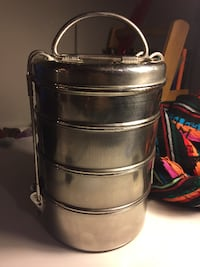 MIlitary Grade Metal Soup Canteen with four Cups Atlanta