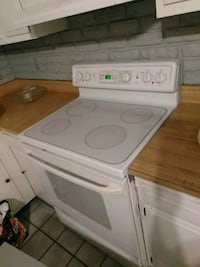 Spectra Electric Stove and Triton Dishwasher  Meriden, 06451