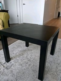 2 Ikea side tables Chicago, 60642