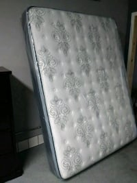 Mattresses  Lakewood, 90712