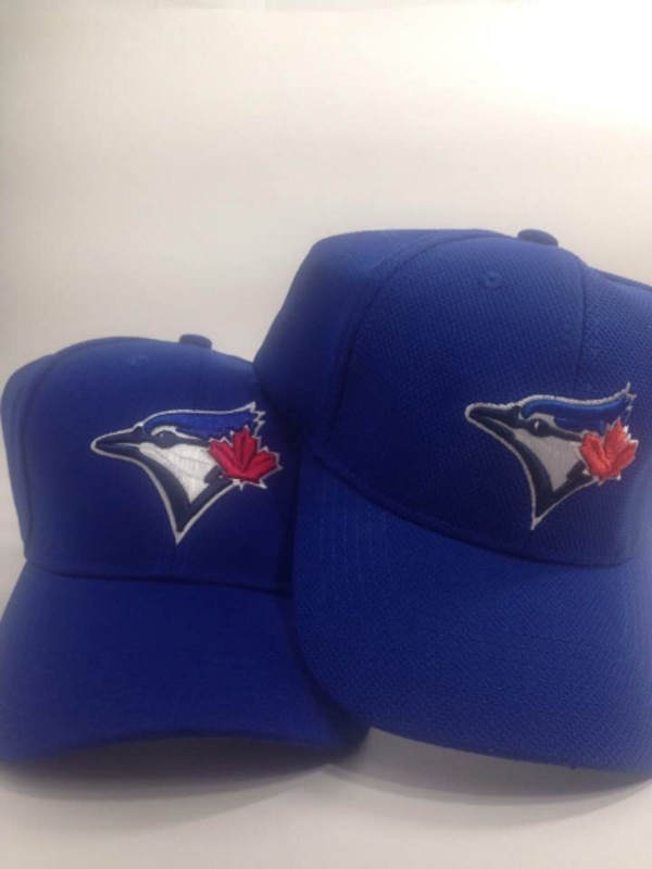 e3d561f6a6d23 Used Toronto Blue Jays Snapback and Sonnet Toronto Blue Jays Cap for sale  in Toronto