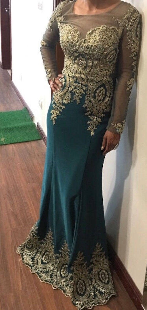 Beautiful Green Gown size 4